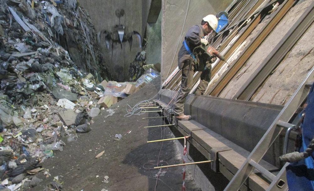 chantier sur un four d'incinération d'ordures ménagères
